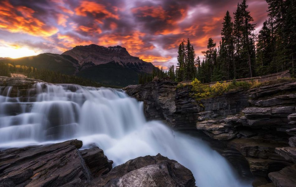 ©Iso100 Photography: Athabasca Falls